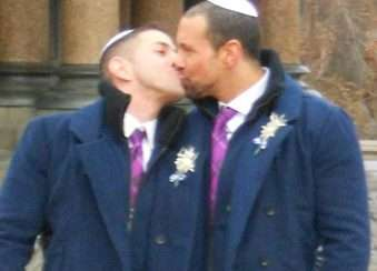 Jewish Same-Sex Couples immigrate to Israel