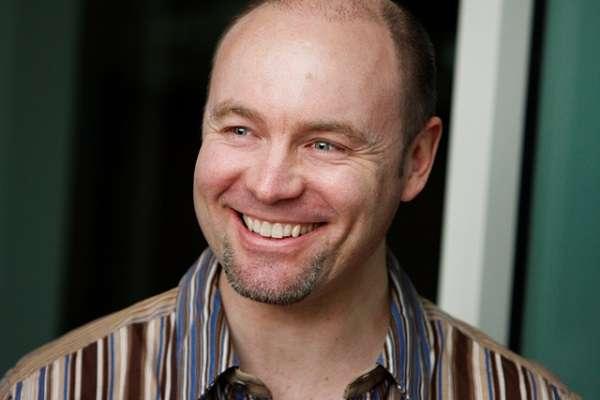 Rev Angus McLeay