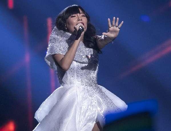 Eurovision 2016 Dami Im Performing