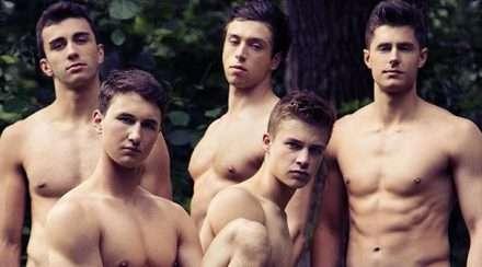 Warwick Rowers nude calendar