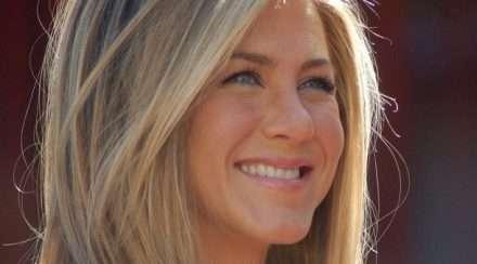 Jennifer Aniston lesbian