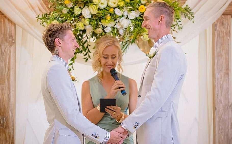craig burns luke sullivan wedding photo instagram