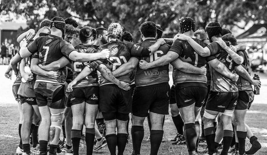 gay rugby team club brisbane hustlers purchas cup 2019 group huddle