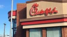 chick fil a chick-fil-a fast food chain charity donations