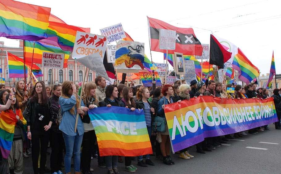 lgbt demonstration russia st petersburg ukraine chechnya gay purge torture