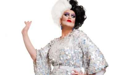 brisbane drag queen hovanna crown