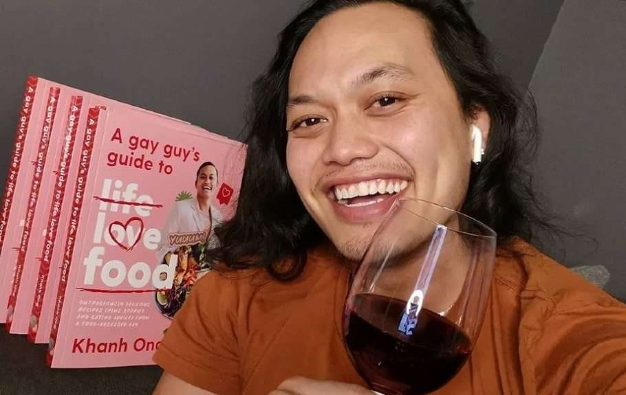 khanh ong masterchef cookbook gay a gay guy's guide