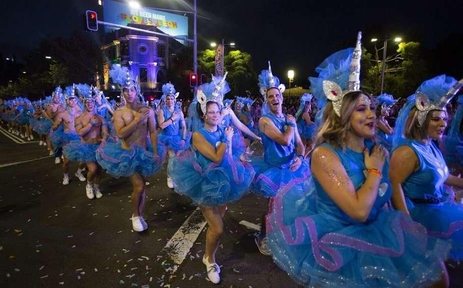 mardi gras anz community grant parade marchers