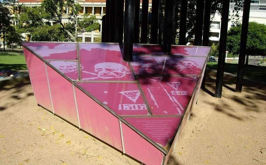 pink triangle gay holocaust memorial sydney holocaust museums josh frydenberg