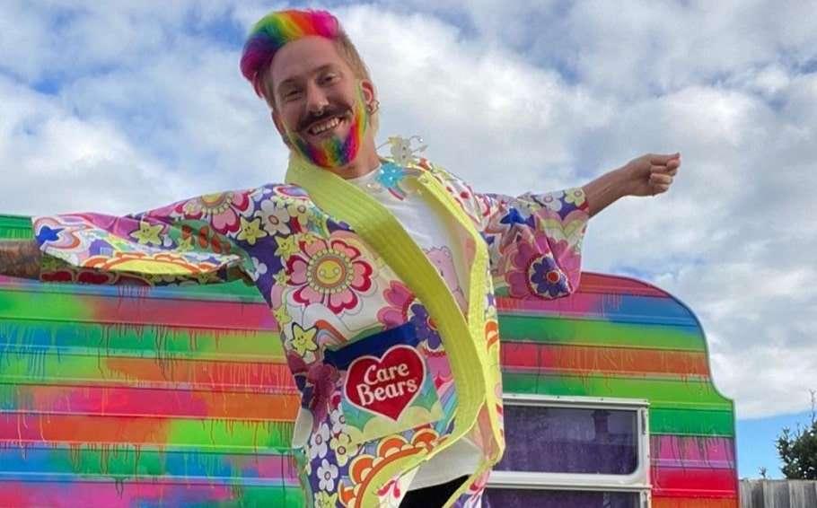 victoria phillip island hairdresser mykey o'halloran rainbow house