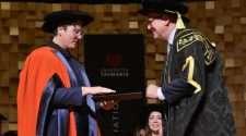 hannah gadsby university of tasmania graudation speech
